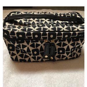 Estée Lauder Black and beige makeup/accessory bag